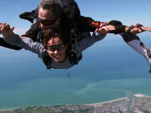 Saut en parachute en Normandie : Air Libre Parachutisme