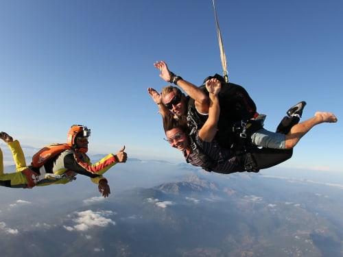 Saut en parachute en Corse : Corse Parachutisme