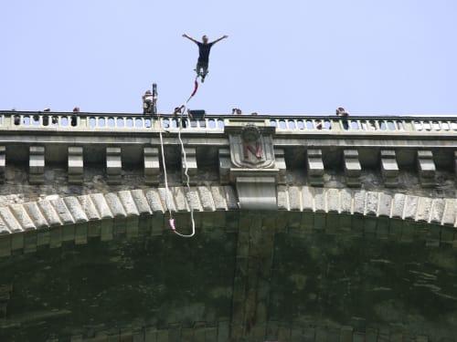 Saut à l'élastique du Pont Napoléon : Luz Aventure