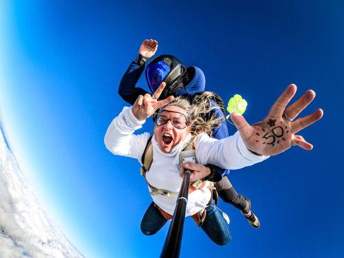Saut en parachute aux Sables-d'Olonne : Vendée Evasion Parachutisme