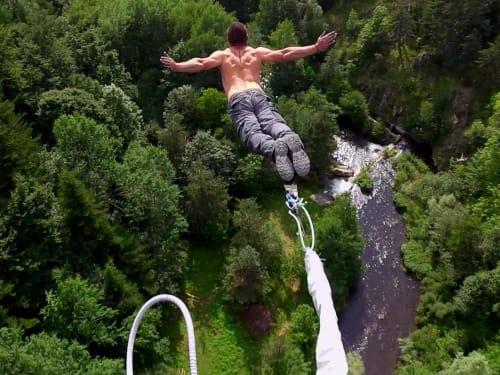 Saut à l'élastique à l'Île de la Réunion : Vertikal Jump