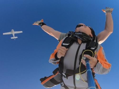 Saut en parachute à Condom dans le Gers : Parachutisme Occitan