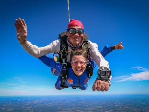 Saut en parachute à Monterblanc : Aero Tandem Celtic