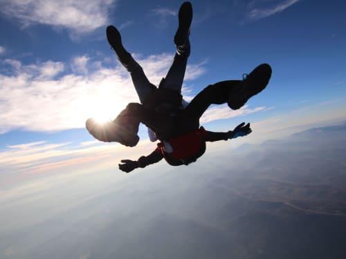 Saut en parachute à Fayence : Air Play Parachutisme