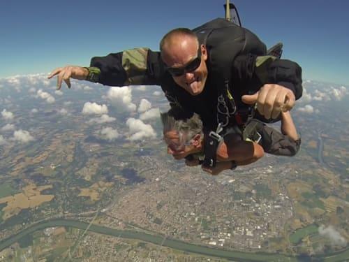 Saut en parachute à Palaminy : Parachutisme Occitan