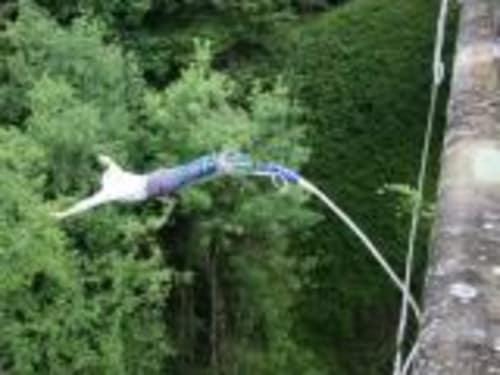 Adrenaline Elastique Viaduc de Druyes les Belles Fontaines dans l'Yonne
