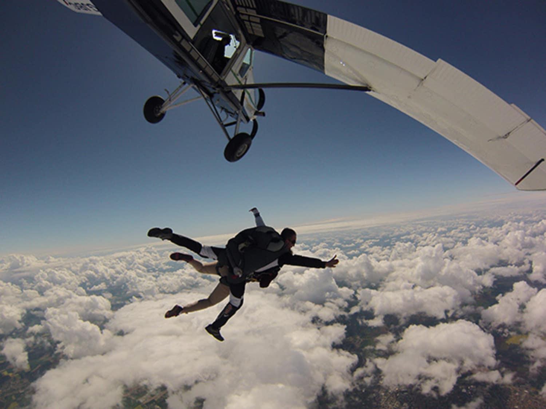 DEMENCIEL Parachutisme - Niort