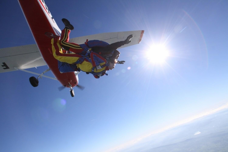 Air Extrem parachutisme Lons le Saunier-Courlaoux - Courlaoux