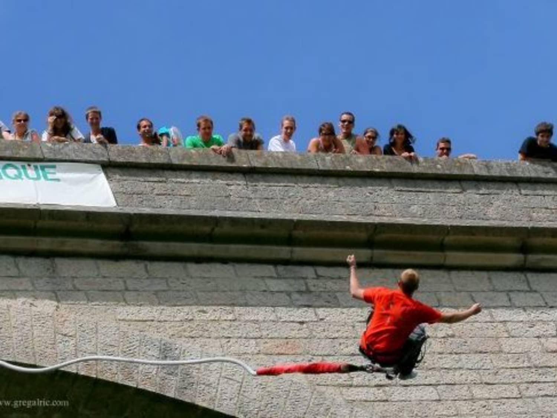 ROC ET CANYON Viaduc à Alzon, Languedoc-Roussillon - ALZON