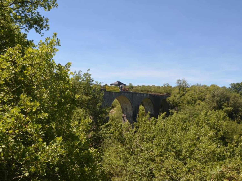 Elastic Crocodil Bungee - Viaduc de la Banne en Ardèche - Banne