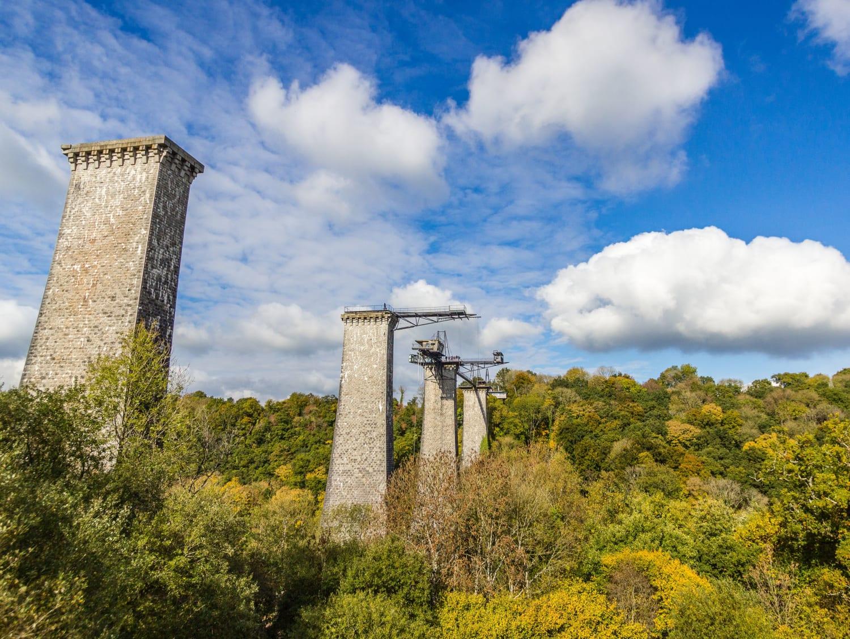 Tyrolienne géante depuis le Viaduc de la Souleuvre : AJ Hackett - Carville