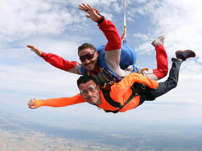 saut en parachute auvergne