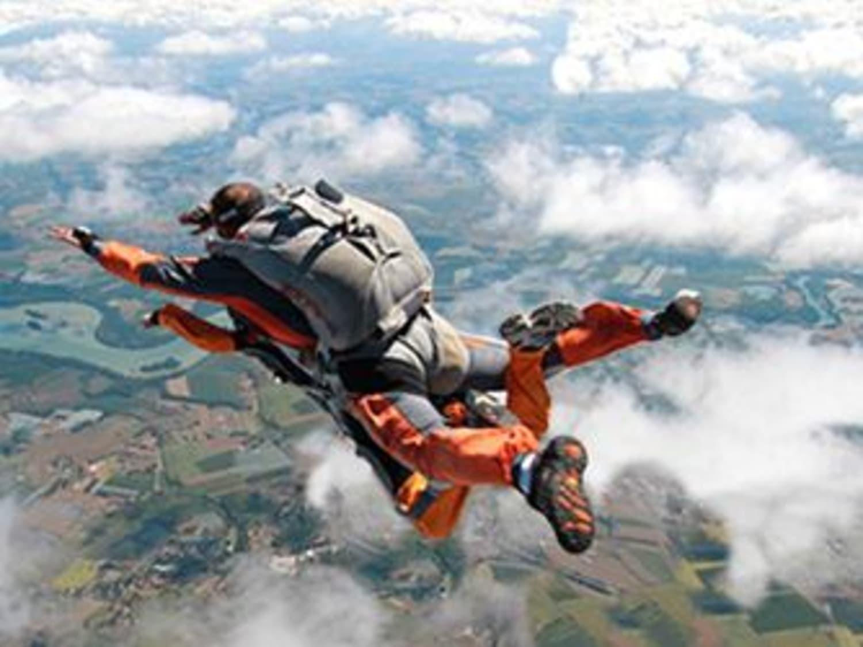 Saut en parachute à Saint Girons en Ariège : Parachutisme Occitan - Lorp-Sentaraille