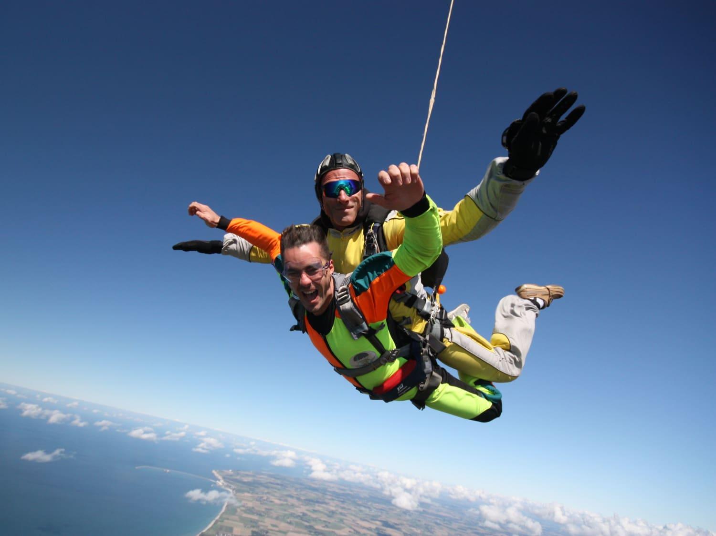 Abeille Parachutisme Baie du Mont Saint-Michel - LE VAL ST PERE