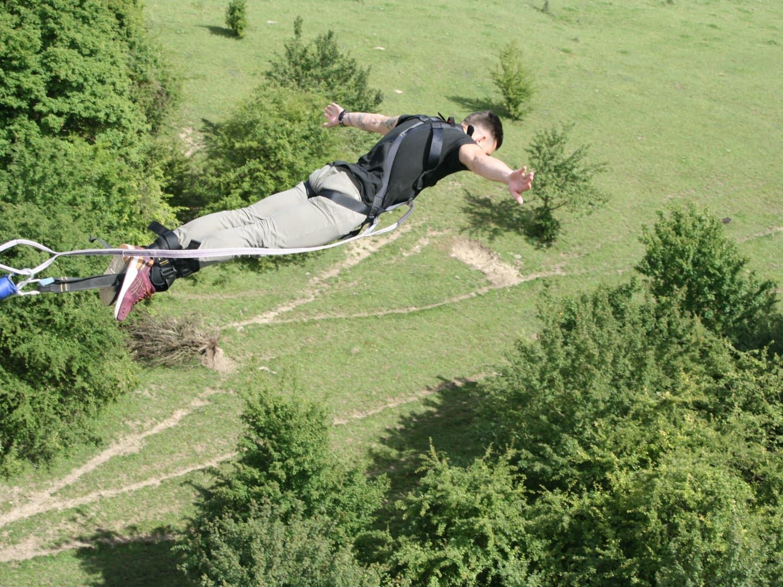 Saut à l'élastique depuis le Viaduc d'Exermont : Adrenaline Elastique - Exermont