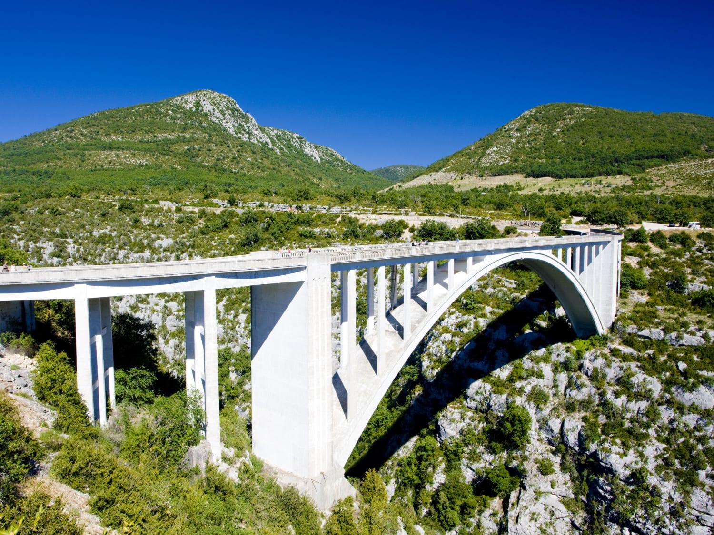 Saut à l'élastique au Pont de l'Artuby : Latitude challenge - Comps sur Artuby