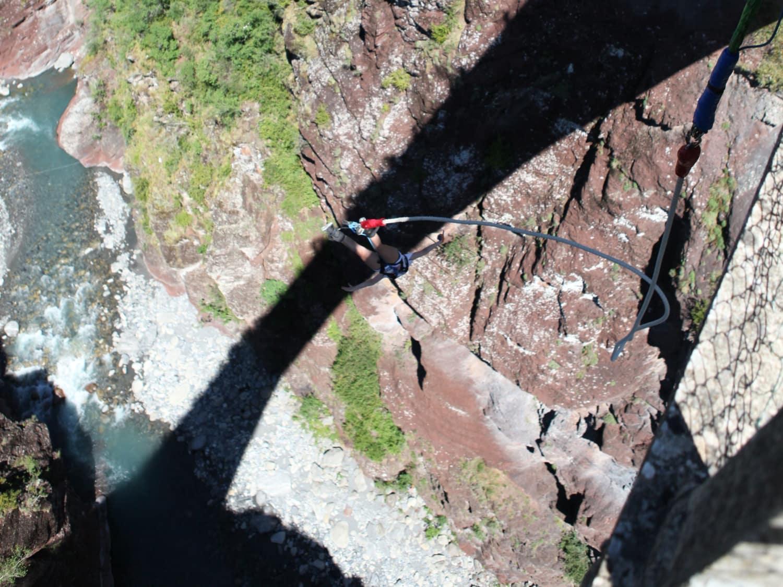 Saut à l'élastique du Pont de la Mariée : Top Jump - Guillaumes
