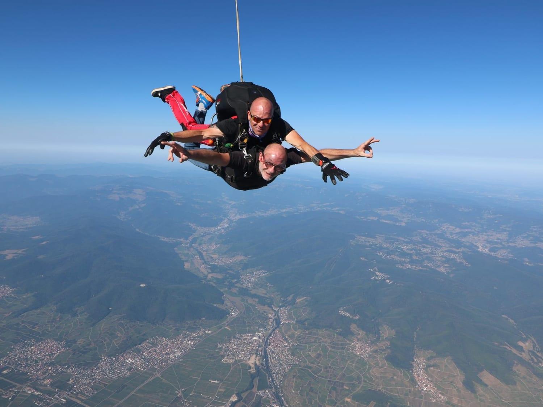 Saut en parachute à Colmar: Alsace Parachutisme - Colmar
