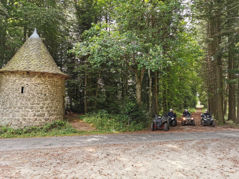 Randonnée en Quad proche du Puy-en-Velay : Quad 3D - ST JEURES