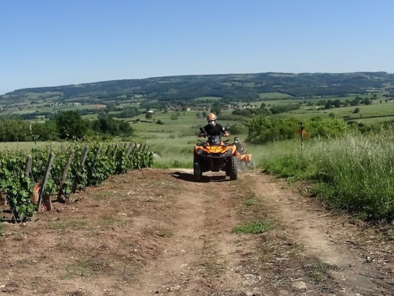 Randonnée en Quad proche de Chalon-sur-Saône : Quad Vignes et Châteaux - Couches