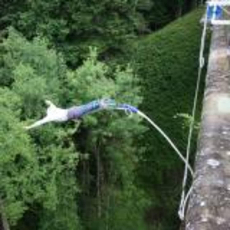 Adrenaline Elastique Viaduc de Druyes les Belles Fontaines dans l'Yonne - Druyes-les-Belles-Fontaines