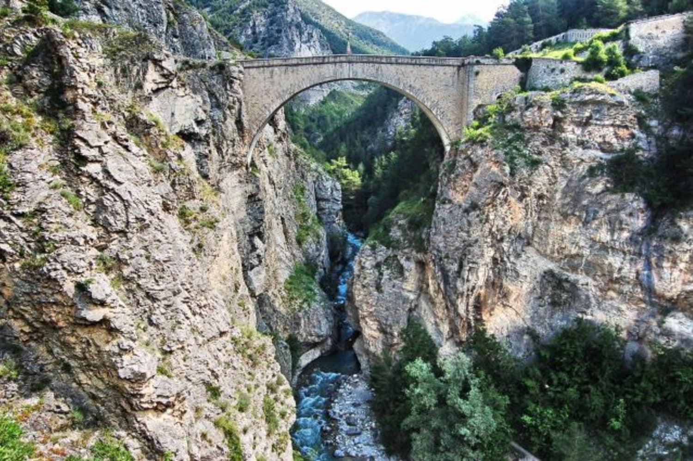 ADRENALINE BUNGEE - Pont d'Asfeld - BRIANCON