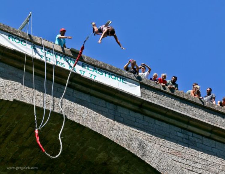 Saut à l'élastique au Pont d'Alzon : Roc et Canyon - Montpellier