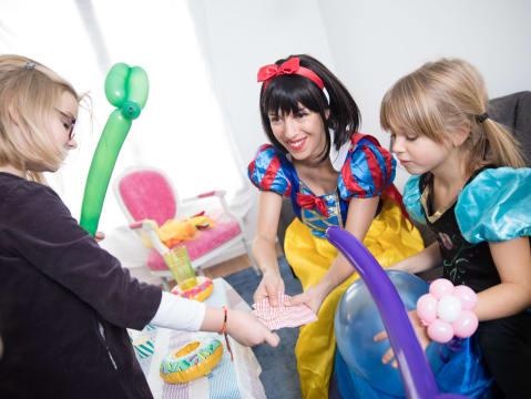 Anniversaire enfant à thème: la fête magique !