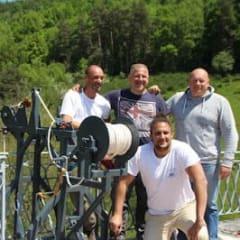 Eric, Geoffrey et toute l'équipe Adrenaline