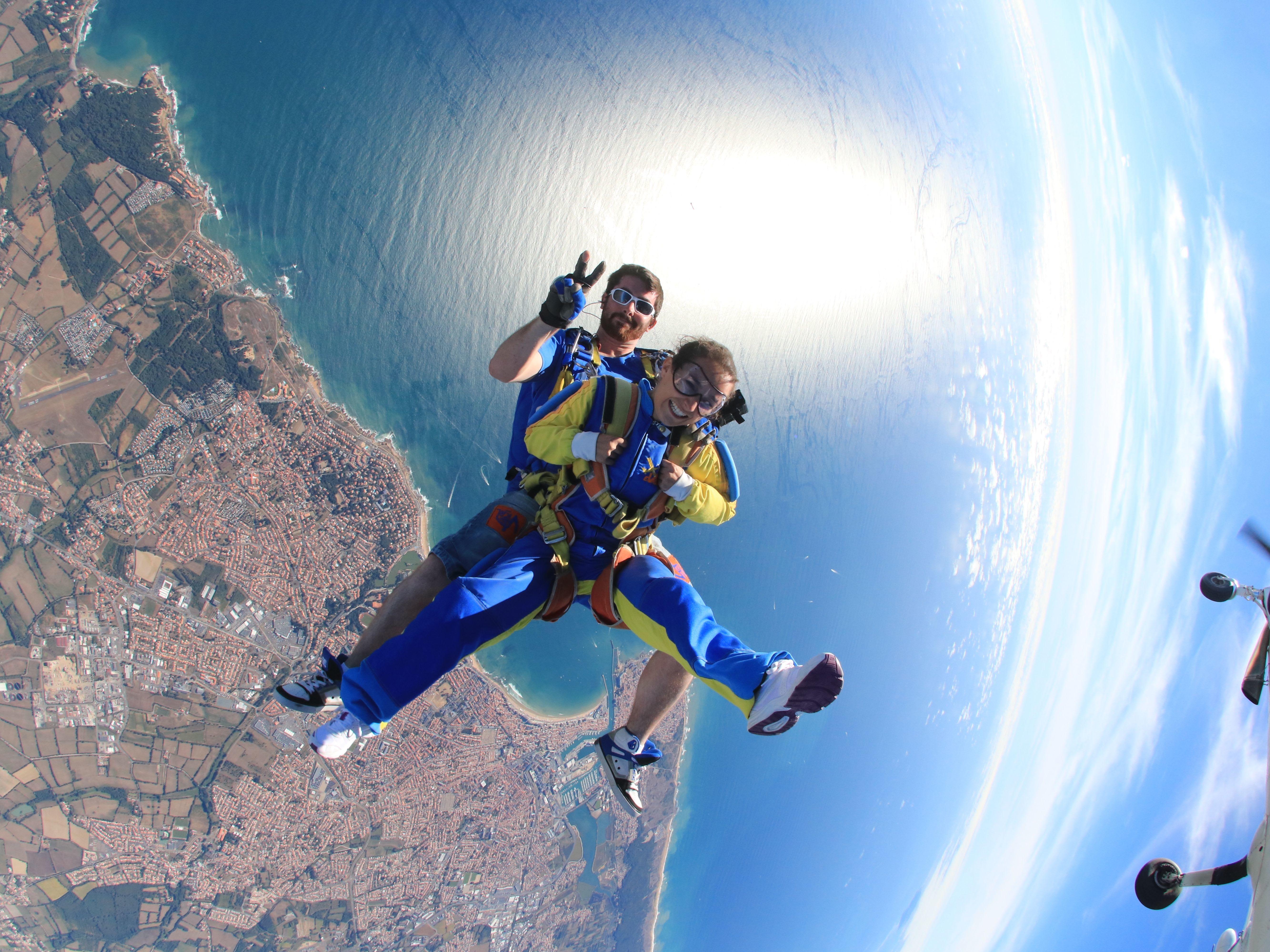 Altitude d'un saut en parachute