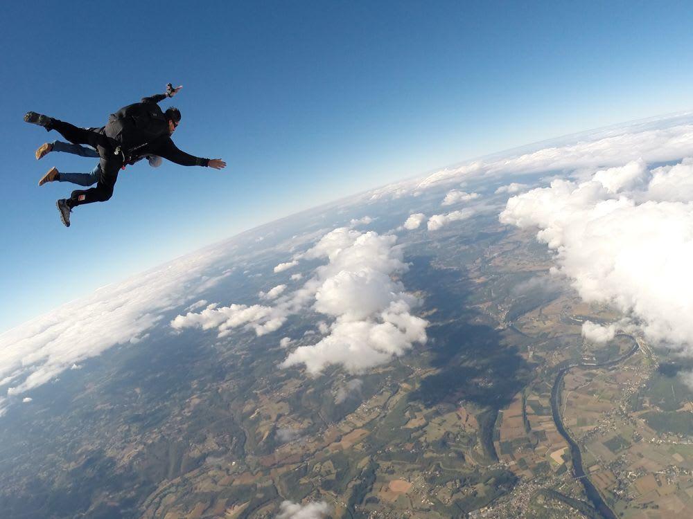 Poids pour faire un saut en parachute