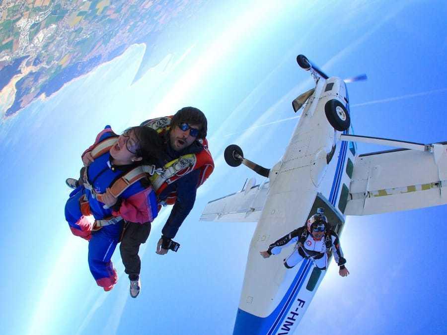 Taille pour un saut en parachute