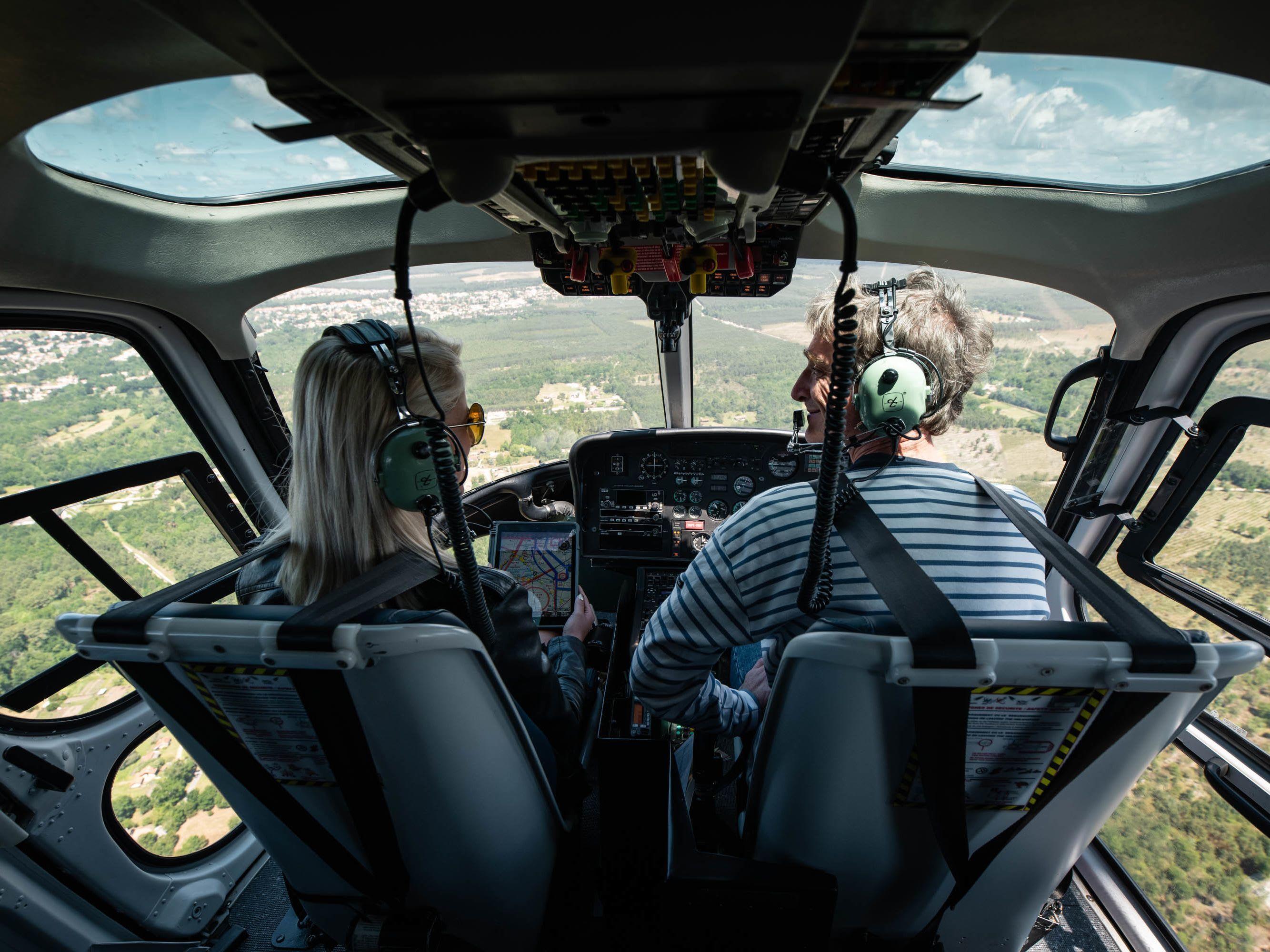 Se couvrir pour un vol en hélicoptère