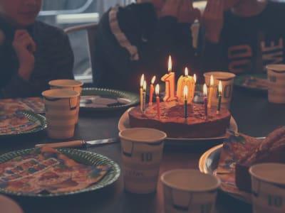 gateau d'anniversaire avec bougies 10 ans