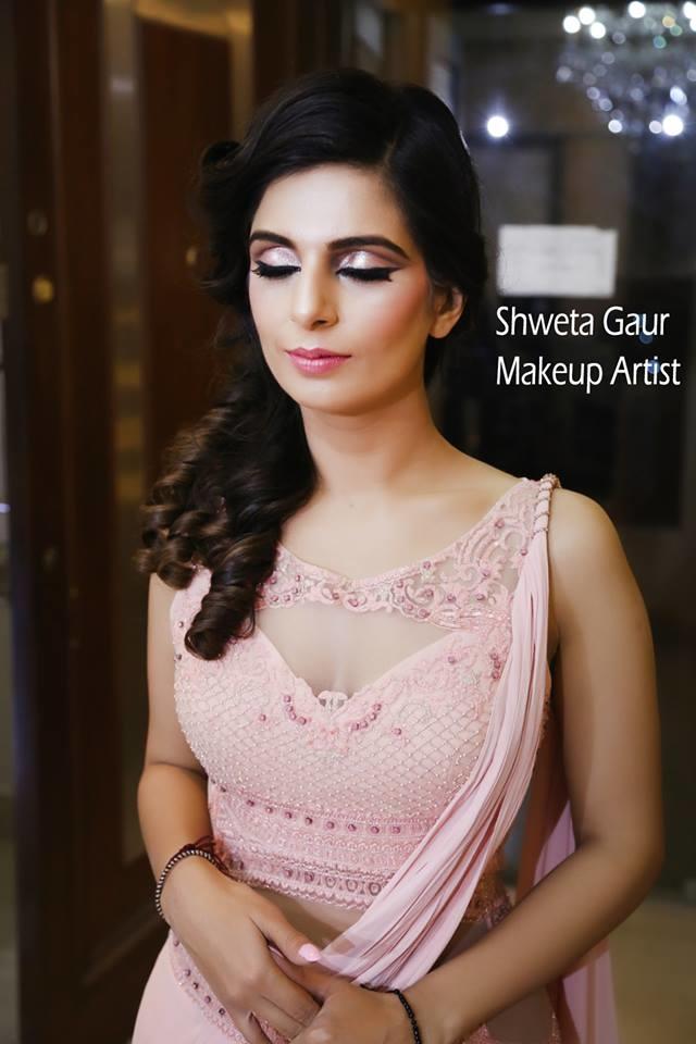Shweta Gaur Makeup Artist And Academy