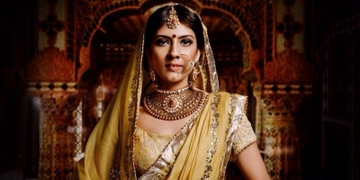 Aakriti Kochar Bridal Makeup, Makeup | Over the last few years for her Bridal Makeup
