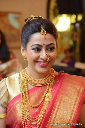 Nivritti Chandra Makeup