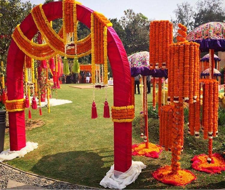 Aroma Florists & Decorators