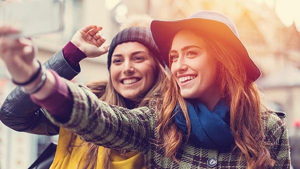 Waarom een gezond zelfbeeld belangrijk is bij daten iStock ©