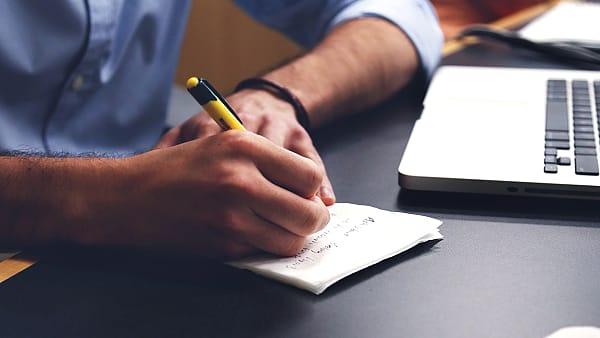 Online dating: hoe schrijf je een eerste bericht? Pixabay ©