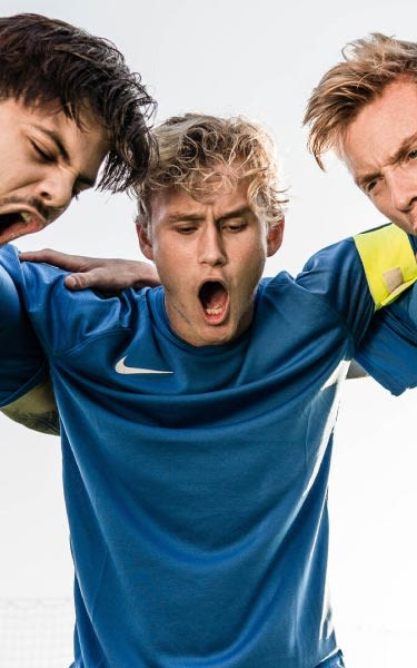 crea tu equipación de futbol personalizada