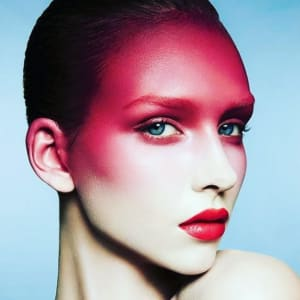 Diploma in professional makeup artist course