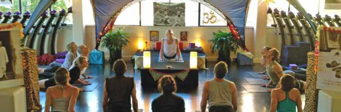 Yogareal Beginners Course: Thursday 7pm,Albert Park