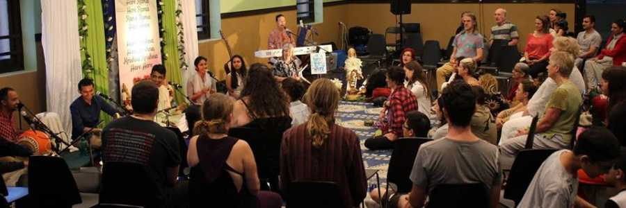 Newtown Mantra Music Meditation - LIVE Kirtan - Meditation of the Heart,Newtown