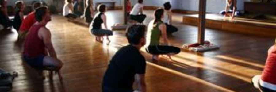 Shadow Yoga - The Joy of Practice,Balaclava
