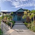 Flo Fenton's Byron Bay Beach and Yoga Retreat