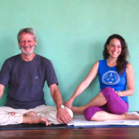 Yoga and Self Knowledge Morning Intensive with Rachel Zinman and John Weddepohl – Byron Shire, Australia