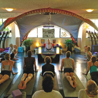 Yogareal Beginners Course: Tuesday 7pm