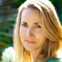 Insight Yoga 8-Day Teacher Training Intensive with Sarah Powers