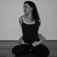 50Hr Yin Yoga Teacher Training with Sarah Owen